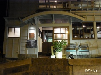 kokochicafe001.jpg