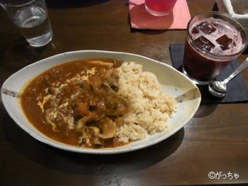 kokochicafe002.jpg